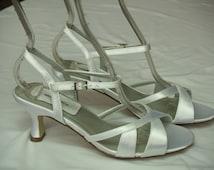 Size 7 Wedding White shoes satin Sample, Open Toe White Wedding Sandal, White Heels, Comfortable Heel, Ankle Strap, Summer Wedding