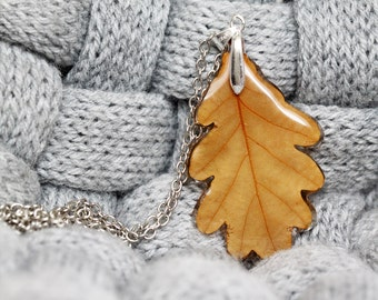 Real Oak Leaf Necklace - Pressed leaf - Autumn jewelry
