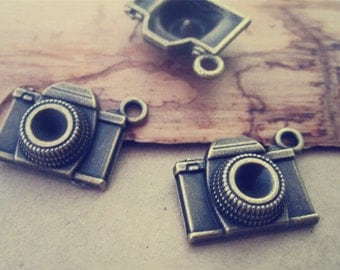 24pcs of  Antique bronze camera Charms 15mmx18mm