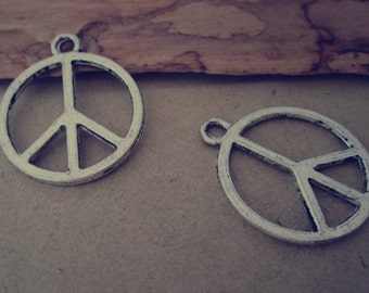 20pcs of  Antique silver Double sided Peace symbol pendant charm 22mm