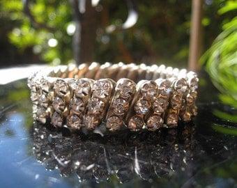 1960s rhinestone stretch bracelet