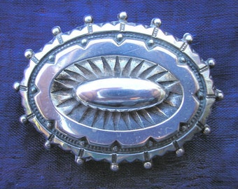 Victorian sterling silver mourning brooch. Great condition. Collectible 1890 antique