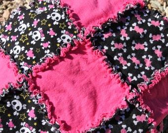 Pink and Black Girl Skulls Rag Quilt