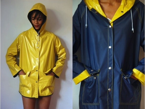 Vtg Reversible Yellow Navy Hooded Retro Raincoat by LuluTresors