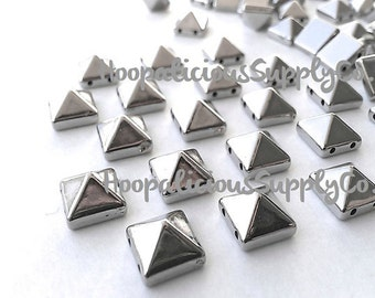 100pc 10mm Square Pyramid Studs. Choose Silver, Gold, Brass, or Gun Metal. Sew or Glue. With Hole. Fast Shipping with Tracking from USA.