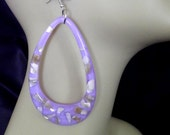 Oval Resin Lucite Shell Confetti Earrings in Blue Red Yellow and Purple