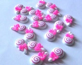 Lollipop Cabochon 20pcs White with Pink Swirl and Bow for Phone Cases, Jewelry Accessories DIY Arts and Crafts