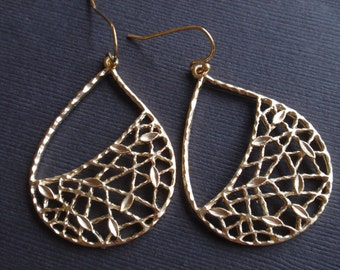 Net drop Gold Earrings-simple everyday jewelry- Bridesmaid,Wife, Girlfriend, Mothers Gift Idea
