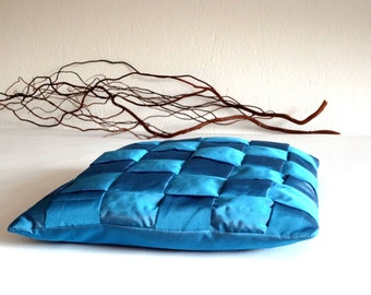 Braided pillow, taffeta cushion, cushion cover in blue taffeta, 15x15 inches