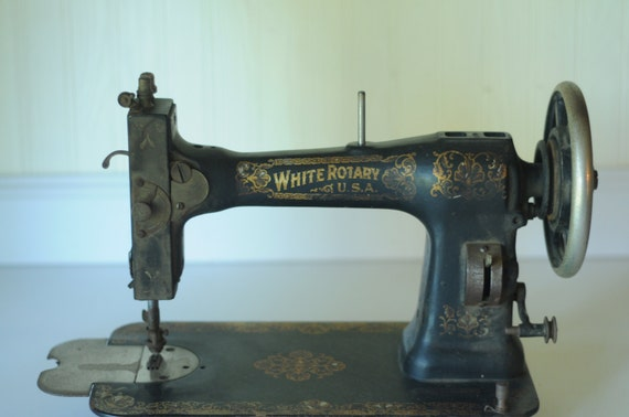 Antique early 1900s white rotary sewing machine