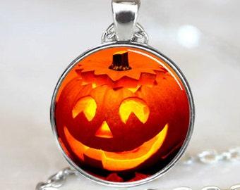 Halloween Pumpkin Jack-o-lantern Glass Dome Pendant (GDPD0527)
