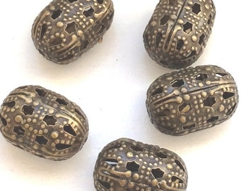 NEW - 10pcs- Antique bronze - Oval Filigree beads, hollow beads - lead,nickle and cadmium free