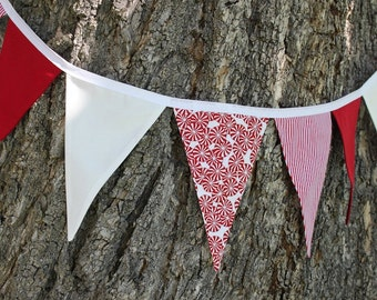 CHRISTMAS CANDY BUNTING -- Christmas pennant fabric flag banner -- red white fabric garland -- pennant garland -- party bunting -- 9 feet