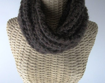 Hand Knit Soft Mobius Cowl - Espresso Brown Cowl - Super Chunky Yarn - Womens Fashion Accessory
