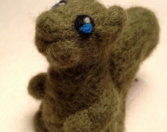 Needle Felted Wool Green Squirrel Doll Toy Topiary Animal Art