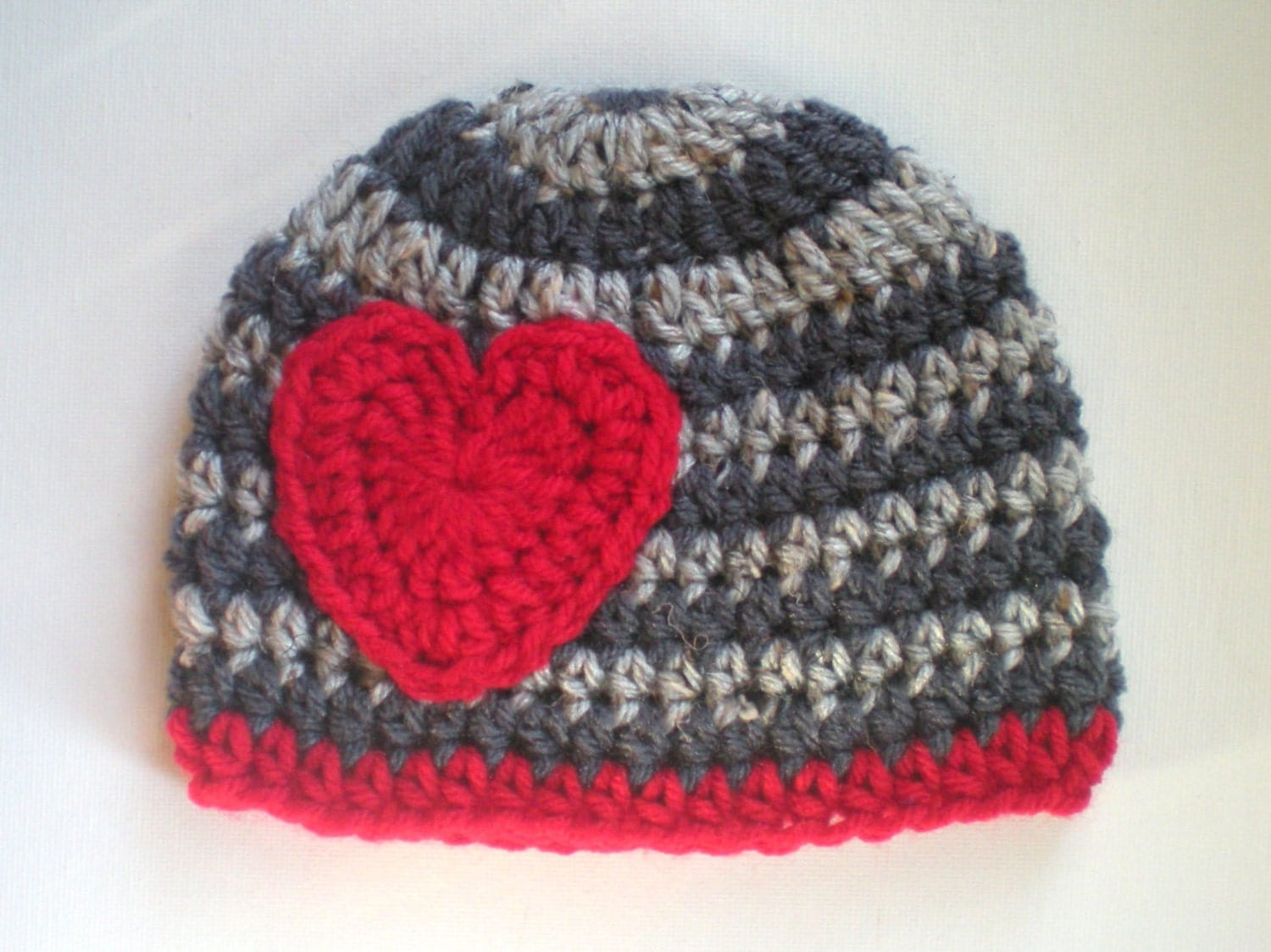 Crochet Valentine Hat : PATTERN: Valentine hat crochet pattern size nb-adult by swellamy