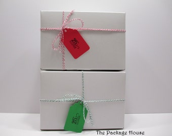 "5 BOX KITS - Bakery, Cookie Boxes - 8"" x 5"" x 3"" includes red gingham greaseproof liners, 15 yards bakers twine and gift tags"