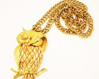 Vintage Razza Bashful Owl Necklace