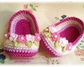 Crocrhet Slippers with flowers for Baby - pattern pdf 21 - Permission to Sell Finished Items