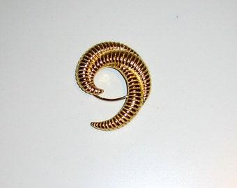 Vintage Monet Scarf Clip, Gold