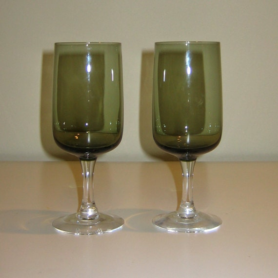 Vintage Pair of Fostoria GLAMOUR Crystal Goblets with Olive Green Bowl & Clear Stem