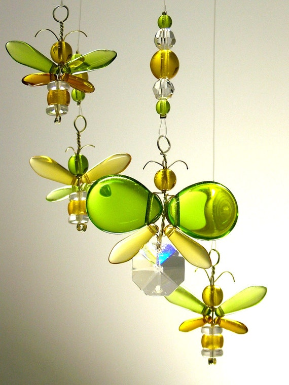 Etsy Australia Baby Gifts : Green and gold australia day gift yellow by mobilesuncatchers