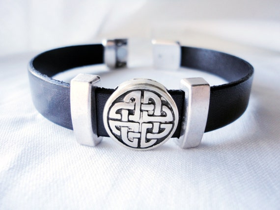 celtic bracelet, show your Irish side