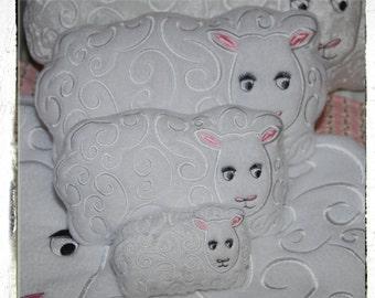 Sheep Pillow/Pin Cushion 5 x 7 Hoop