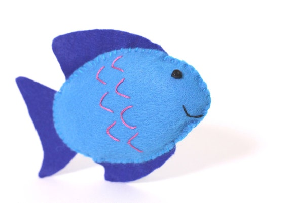 Felt Toy Plushie Hand sewing Pattern PDF. Complete instructions to make Bubbles the Fish. Instant download.