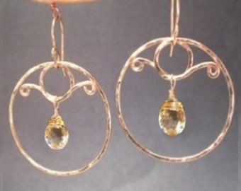 Hammered hoops with crystal quartz Nouveau 200