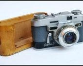 Vintage Graflex Graphic 35 - 35mm Rangefinder Film Camera with Case