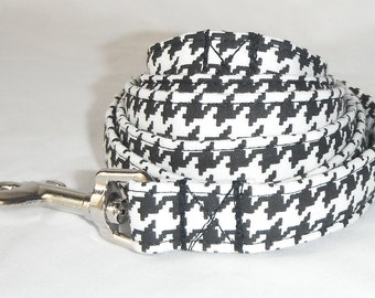 Dog leash - Black & White Houndstooth