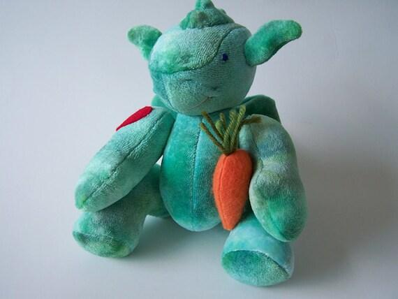 https://www.etsy.com/listing/160454678/mini-dragon-plush-toy-felt-heart-friends?ref=shop_home_active