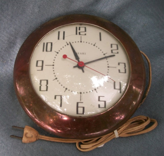 Sears Wall Decor Art : Sears art deco wall clock s works looks great tells