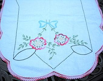 SUMMER SALE--Vintage Table Runner or Dresser Scarf, Pink Flowers