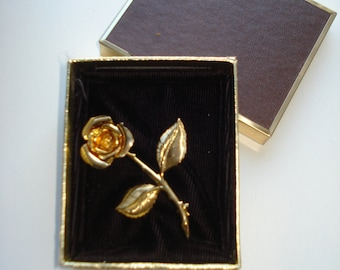 Vintage Gold Tone  Rose Brooch - Flower Pin Jewelry 1960s