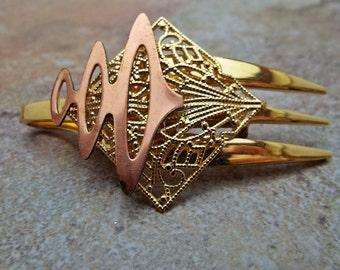 Vintage Fork Brooch Pin in Goldtone