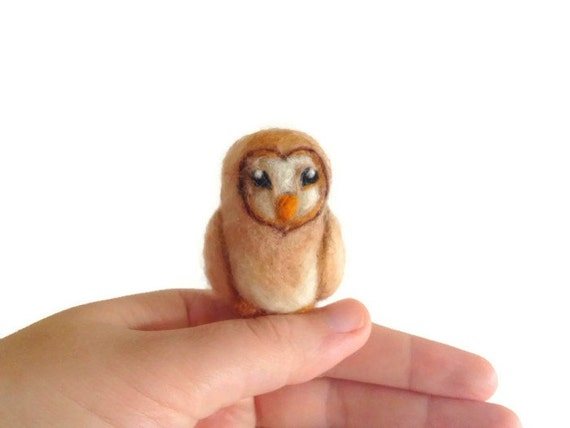 Needle Felted Owl - Miniature Felt Barn Owl Soft Sculpture (Bird)