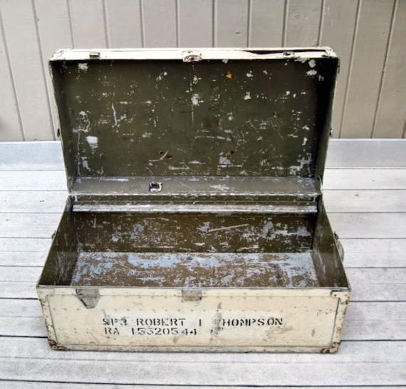 military wwii foot locker trunk. Black Bedroom Furniture Sets. Home Design Ideas
