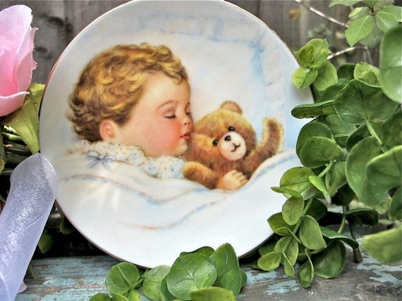 Vintage Nursery Decor, Baby Plate, Wall Hanging, Avon Collectible, Baby with Teddy Bear Plate 1992 Epsteam