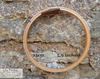 Bamboo hoop of excellent quality.  15cm     5,9 inches