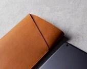 Mujjo Slim Fit iPad Air Sleeve - Tan