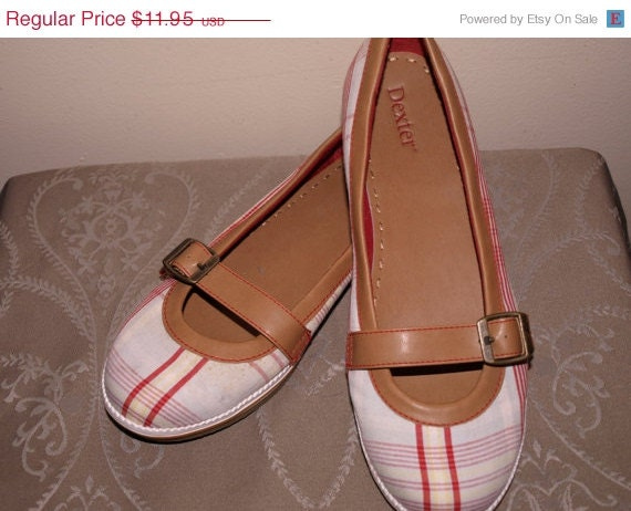 SALE Vintage DEXTER women's canvas flat shoes, crisp clean plaid, us 8