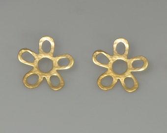 Flower earring- Gold earrings , Flowers earring, Hammered Flower,stud earrings  post earring Jewelry Handmade