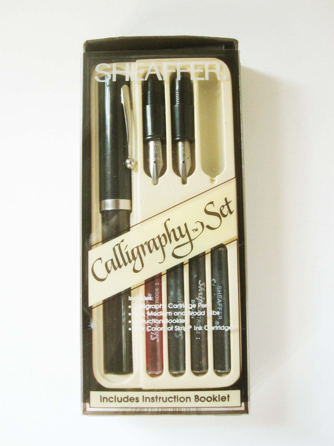 A Small Sheaffer Eaton Calligraphy Set One Pen With Three