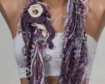 BIG Winter Sale. PURPLE and CREAM yarn Fall Scarf. Autumn Loop scarf. Circle scarf and neckwarmer. Shades of Purple.