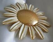 Large Gold Tone and White Enamel Daisy Perfume Locket Brooch Pin 2- AVON - Vintage 1968-1970