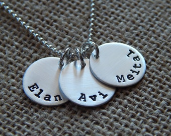Personalized Mom Necklace, 3 Charm Kids Name Necklace, Custom Family Necklace, Stamped Evermore