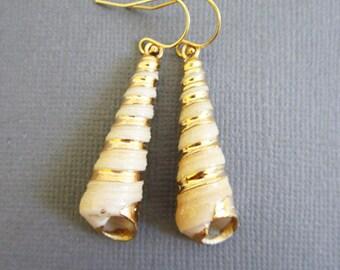SeaShell Earrings with Edge painted in Rosegold, Seashell Jewelry, Beach Jewelry, Beach Wedding, Vacation, Ocean Jewelry