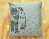 HUGE SALE -50% / Elephant pillow cover / green / Screenprint on linen 50x50cm
